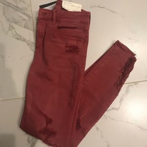 ✨PRICE IS FIRM! AE Juniors Size 12 Long Jeans NEW✨